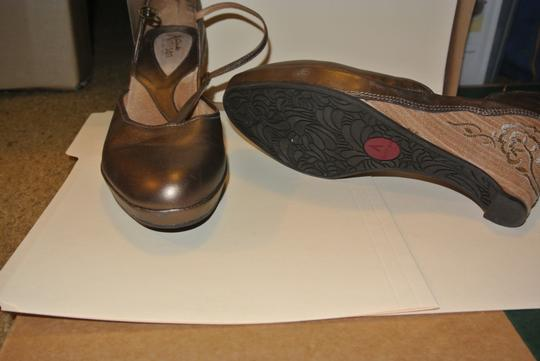 The Artisan Gold Wedges
