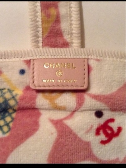 Chanel NEW CHANEL BABY ANIMALS CHANGING PAD + BOX & CARD
