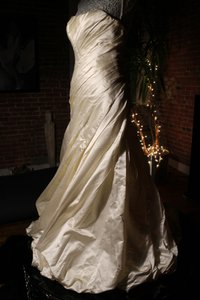 Pnina Tornai Wedding Dress