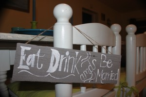 The Handford Collection Eat Drink and Be Married Sign