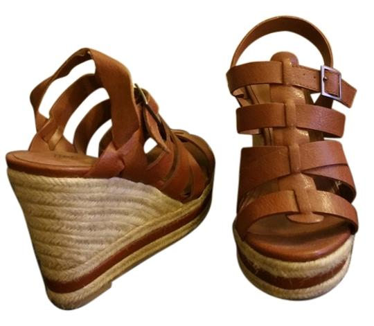 Preload https://item2.tradesy.com/images/mossimo-supply-co-tan-casual-wedges-size-us-7-5515561-0-0.jpg?width=440&height=440