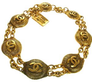 Chanel Vintage Gold Medallion Chain Necklace