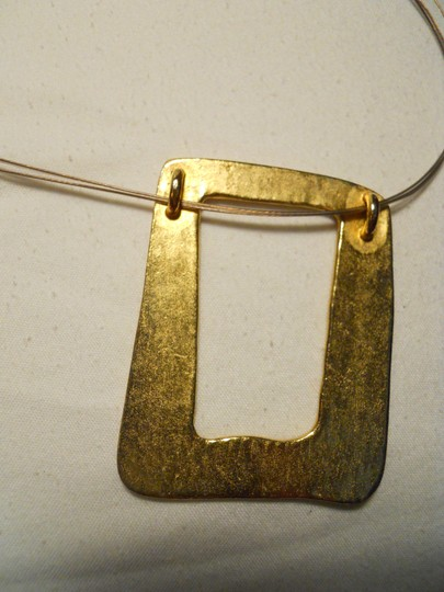Chico's Chico's brushed gold wire necklace