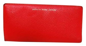 Marc by Marc Jacobs Two Toned Marc by Marc Jacobs Wallet m66-52 B55