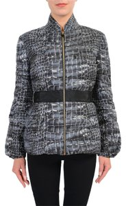 da6649eabb30 Women s Moncler Gamme Rouge Outerwear - Up to 70% off at Tradesy