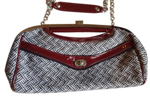 Apt. 9 Black/Maroon Clutch