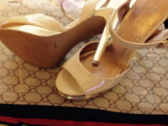 BCBG Paris Nude/Gold Sandals