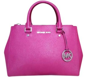 MICHAEL Michael Kors Satchel in Hot Pink