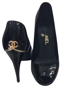 Chanel Gold Patent Leather Black Pumps
