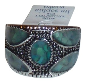 Lia Sophia NEW Lia Sophia Genuine Abalone inlaid silver ring.