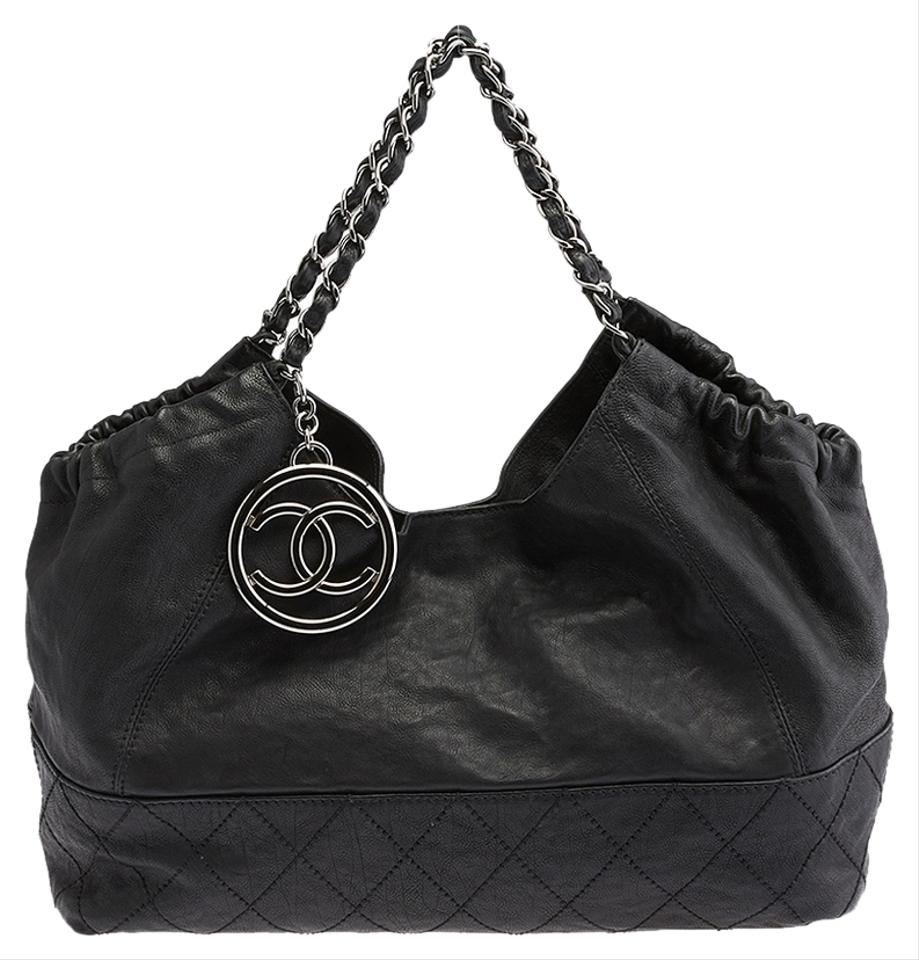 0dd9158eb9a0d3 ... Chanel Black Tote: Chanel Black Quilted Caviar Leather Medallion Chain  Tote