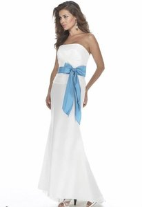 Alexia Designs Ivory / Turquoise Taffeta Style 2912 Formal Bridesmaid/Mob Dress Size 8 (M)