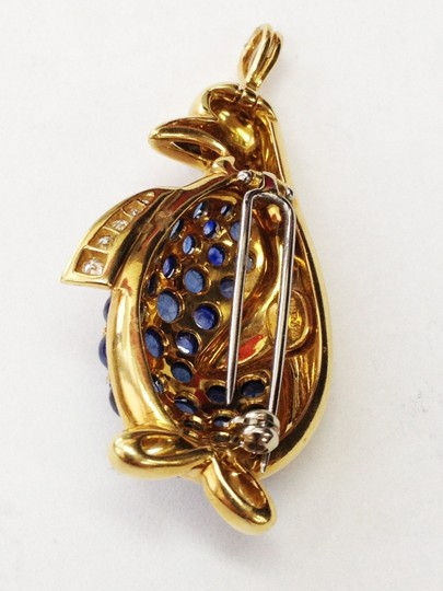 Alessandria Signed Alessandria Sapphire Encrusted Gold Penguin Pin Brooch Pendant