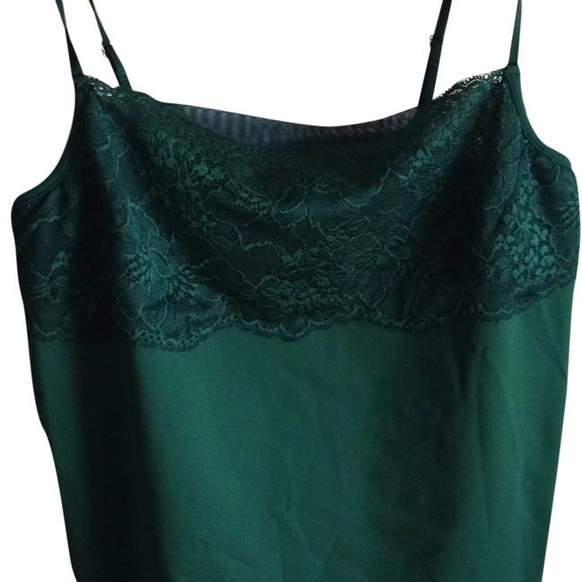 Preload https://item5.tradesy.com/images/banana-republic-tank-topcami-size-18-xl-plus-0x-5531494-0-0.jpg?width=400&height=650