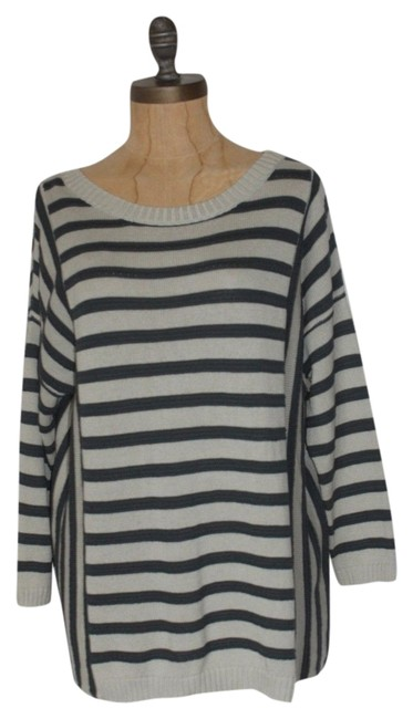 Preload https://img-static.tradesy.com/item/5531905/anthropologie-teal-and-gray-willow-clay-striped-sweaterpullover-size-8-m-0-0-650-650.jpg