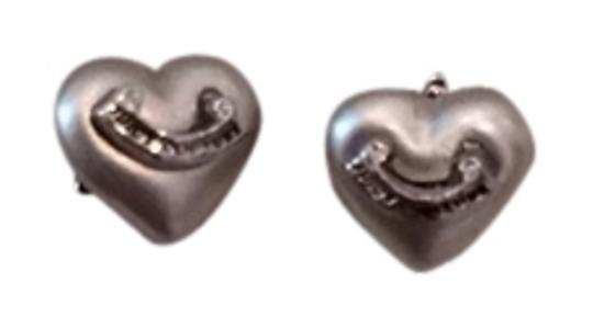 Preload https://item1.tradesy.com/images/juicy-couture-silver-heart-earrings-5532355-0-0.jpg?width=440&height=440
