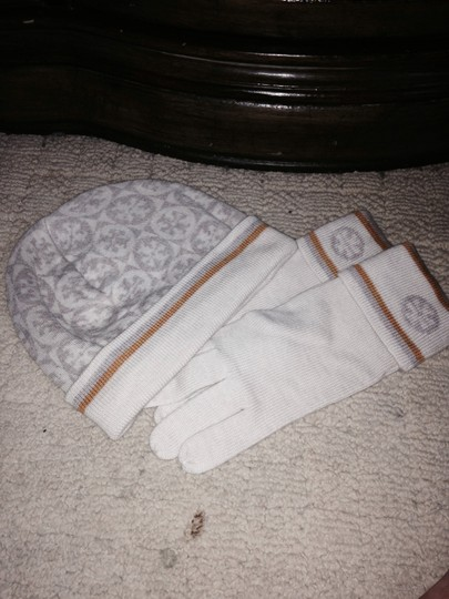 Tory Burch Hat with matching gloves Image 2