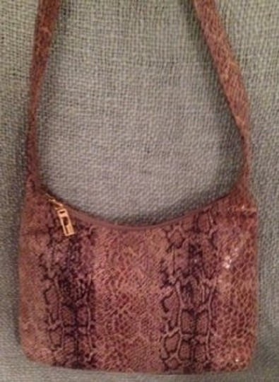 Preload https://img-static.tradesy.com/item/553373/vintage-handbag-mainly-brown-hobo-bag-0-0-540-540.jpg