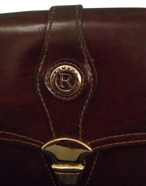 Item - Curse Romano Italy Brown Some Hints Of Red Shoulder Bag