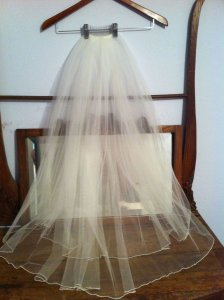 Ivory Medium Elegant with Swarovski Accent Trim- Nev Bridal Veil