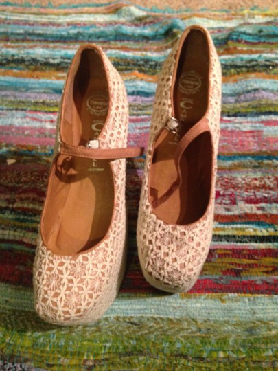 Jeffrey Campbell Lady Gaga Lace Pink Summer Hippie Vintage Flower Cream Platforms