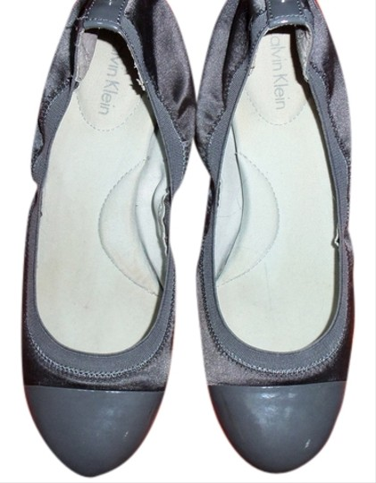 Preload https://item1.tradesy.com/images/calvin-klein-gray-wedges-size-us-85-5534650-0-0.jpg?width=440&height=440