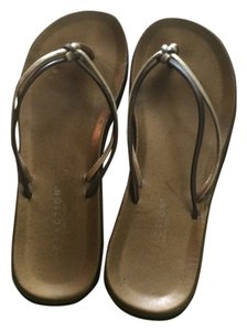 Kenneth Cole Brown Metallic Gold Flat 7 7.5 7 1/2 Brown/Bronze/Gold Sandals
