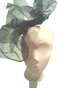 Tracey Vest Holiday Formal Black Tulle Fascinator Headpiece Headband