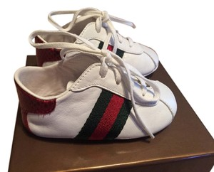 Gucci White leather with a green and red stripe Boots