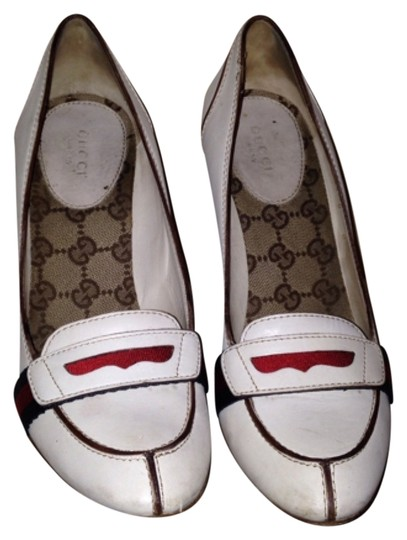 Gucci Off white leather Pumps