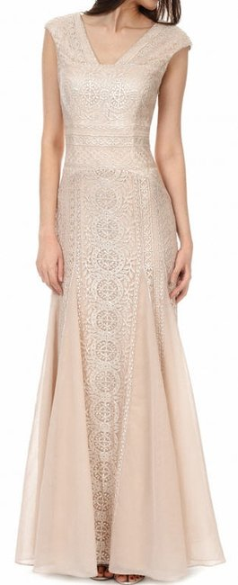 Item - Blush with Metallic Embroidery Polyester Nylon Spandex Gown Formal Wedding Dress Size 6 (S)