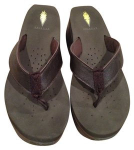 Volatile Sandal Size 8 Brown Sandals