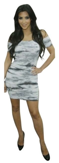 Preload https://item1.tradesy.com/images/bebe-tie-dye-by-kim-kardashian-collection-bandage-above-knee-night-out-dress-size-4-s-5536855-0-0.jpg?width=400&height=650