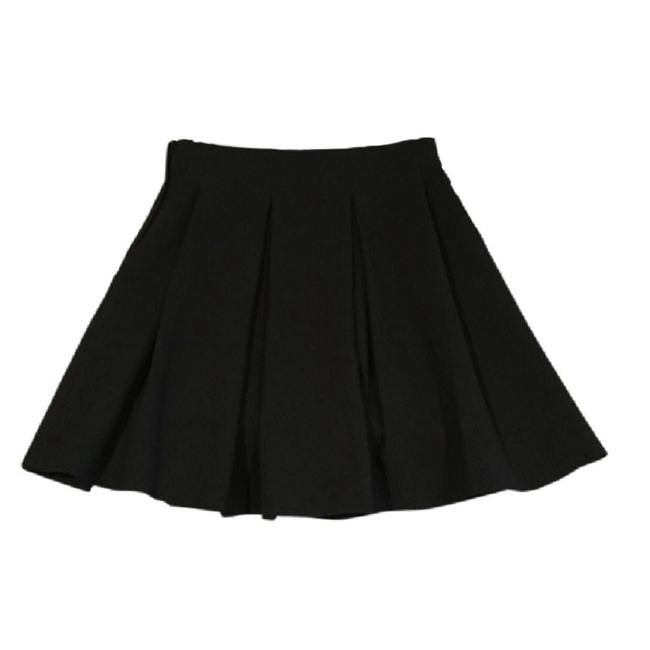 Preload https://img-static.tradesy.com/item/5537080/h-and-m-black-pleated-a-line-skirt-size-2-xs-26-0-3-650-650.jpg