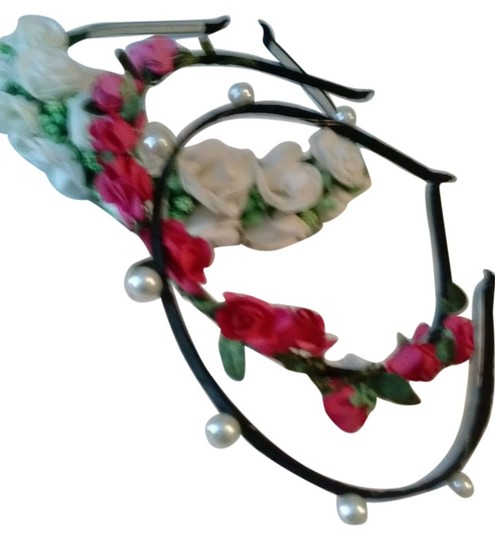 Other 3 NEW! Fancy Headbands! 2 Floral, 1 pearls on black