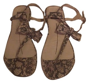 Dolce Vita Snake print /white and grey Sandals