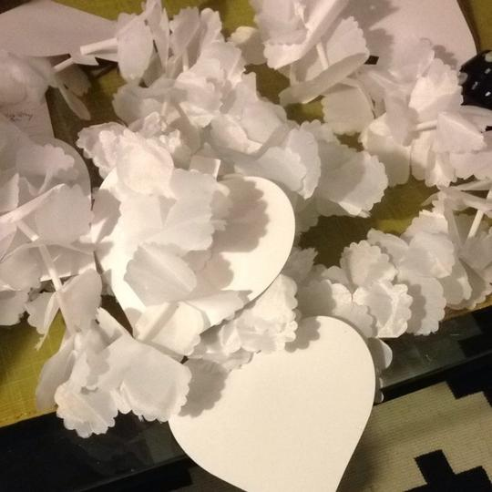White Flower And Heart Garlands