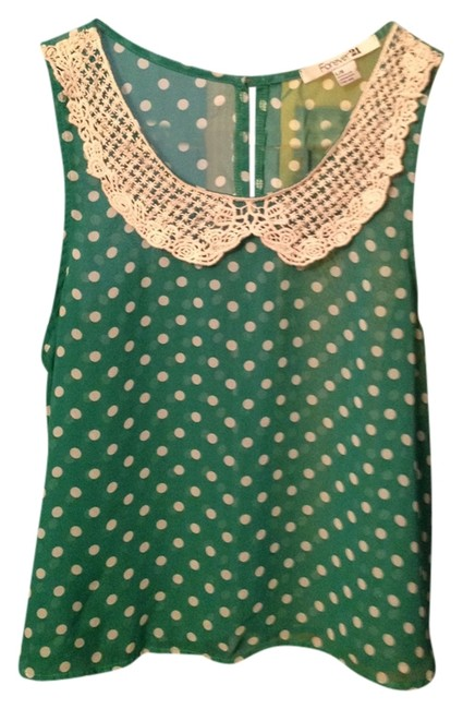 Preload https://img-static.tradesy.com/item/553906/forever-21-green-and-cream-blouse-size-12-l-0-0-650-650.jpg