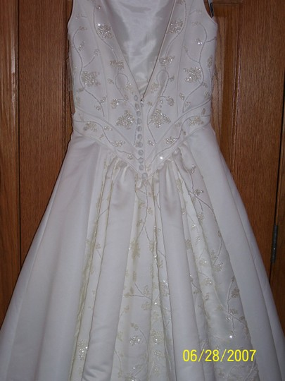 Oleg Cassini Oleg Cassini - Diamond White Wedding Dress