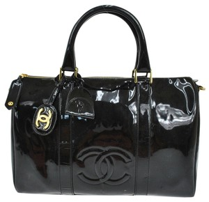 Chanel Cc Logos Hand Tote in Black