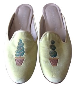 Stubbs & Wootton soft green Flats