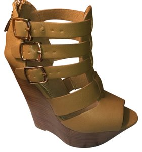 ALDO Cognac Wedges
