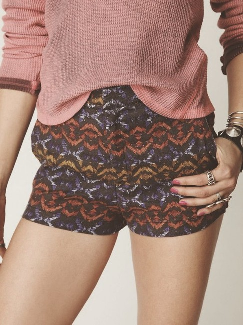 Preload https://img-static.tradesy.com/item/5547988/free-people-multi-color-tribal-print-high-waist-shorts-size-0-xs-25-0-1-650-650.jpg