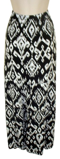 Preload https://img-static.tradesy.com/item/5548594/chico-s-black-and-white-long-jersey-knit-s-new-ikat-remix-clementine-maxi-skirt-size-0-xs-25-0-0-650-650.jpg