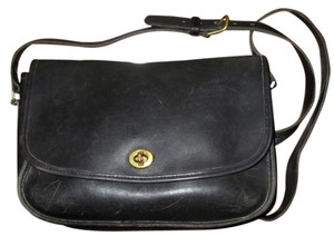 Coach Vintage Leather Crossbody Chic Black Messenger Bag