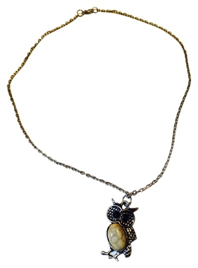 Preload https://item2.tradesy.com/images/silveryellow-owl-necklace-5549311-0-10.jpg?width=440&height=440