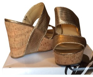 Nine West Brushed gold Wedges