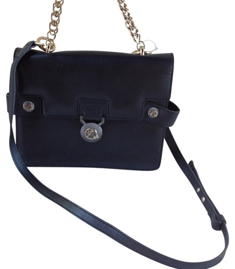 Preload https://item3.tradesy.com/images/versace-collection-leather-convertible-new-black-lbfs361-cross-body-bag-5549827-0-0.jpg?width=440&height=440