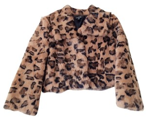 bebe Shrug Fur Leopard Hook And Eye Fur Coat