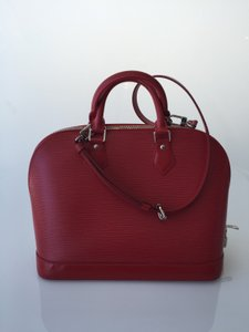 Louis Vuitton Luxury Tote in Red
